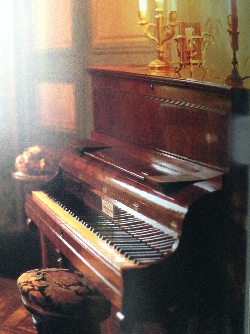 ピアノ、音楽